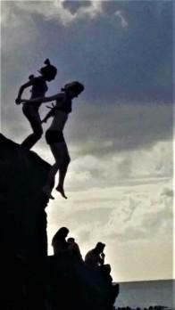 Jess jumping waimea cliff2